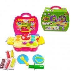 """Набор """"Сладости"""", масса для лепки, 5 упаковок разных цветов в наборе с игровым полем и тематическими аксессуарами, в чемоданчике, 41 предмет (ABtoys. Чудо-чемоданчик, PT-00704)"""