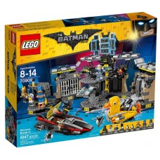 Конструктор LEGO Batman Movie Нападение на Бэтпещеру (LEGO, 70909-L)