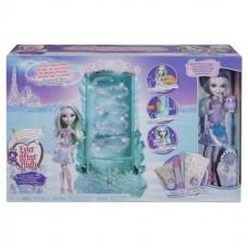 """Кристал Винтер с набором из коллекции """"Заколдованная зима"""" Ever After High (Mattel, DLB39)"""