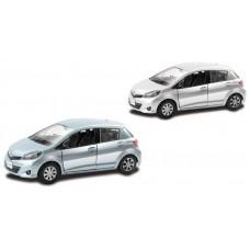 Машинка металлическая Toyota Yaris 1:32, инерционная (UNI-FORTUNE Toys Industrial Ltd., 554013)