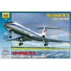 Набор подарочный-сборка Пассажирский авиалайнер Ту-134А/Б-3 (Звезда, 7007П)